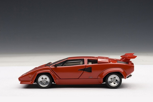 โมเดลรถ โมเดลรถยนต์ โมเดลรถเหล็ก lamborghini countach 5000s red 3
