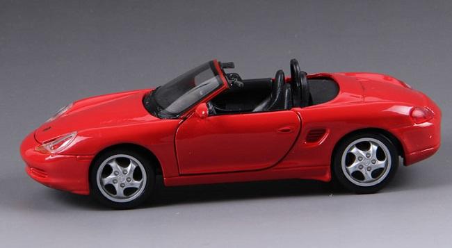โมเดลรถ โมเดลรถยนต์ โมเดลรถเหล็ก Boxster Cabrio Red 3