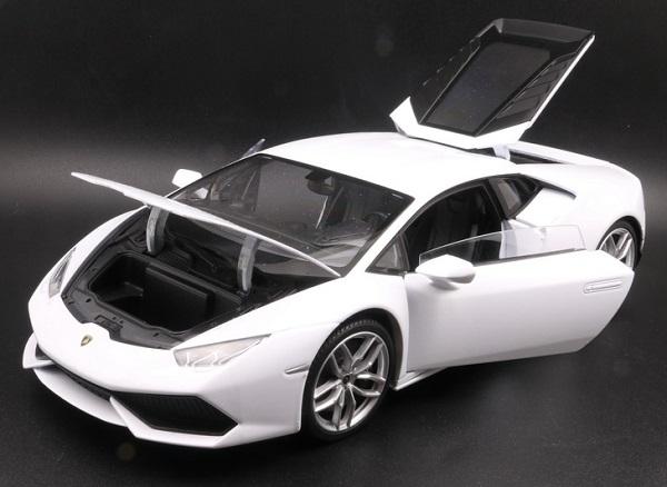 โมเดลรถ โมเดลรถเหล็ก โมเดลรถยนต์ Lamborghini Huracan white 4