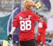 พร้อมส่ง Hood red exo Xiumin size L