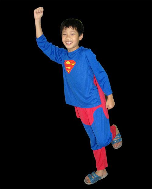 ชุด Superman เด็ก ลิขสิทธิ์แท้ รุ่นใหม่ มีไฟกระพริบที่อก