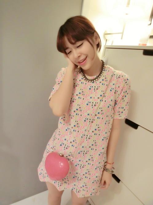 """""""พร้อมส่ง""""เสื้อผ้าแฟชั่นสไตล์เกาหลีราคาถูก เดรสลายกระเบื้องโมเสค ปลายหยัก ผ้าหนา ซิปหลัง ไม่มีซับใน -สีชมพู"""
