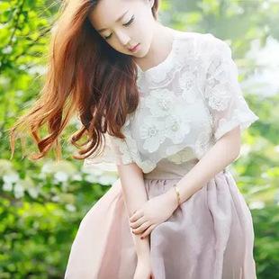 """size M""""พร้อมส่ง""""เสื้อผ้าแฟชั่นสไตล์เกาหลีราคาถูก Brand Aishikada set 3 ชิ้น เสื้อสายเดี่ยวตัวในสีขาว + เสืื้อตัวนอกเป็นผ้าโปร่งปักลายดอกไม้สีขาวแขนสั้น + กระโปรงสีม่วงอ่อนคลุมด้วยผ้าโปร่งสีออกน้ำตาล ซิปข้าง -size M"""