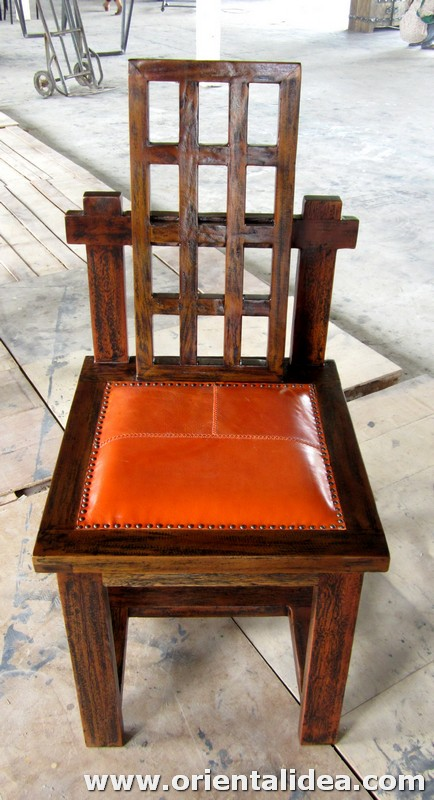 เก้าอี้ไม้พร้อมเบาะหนัง CH-184