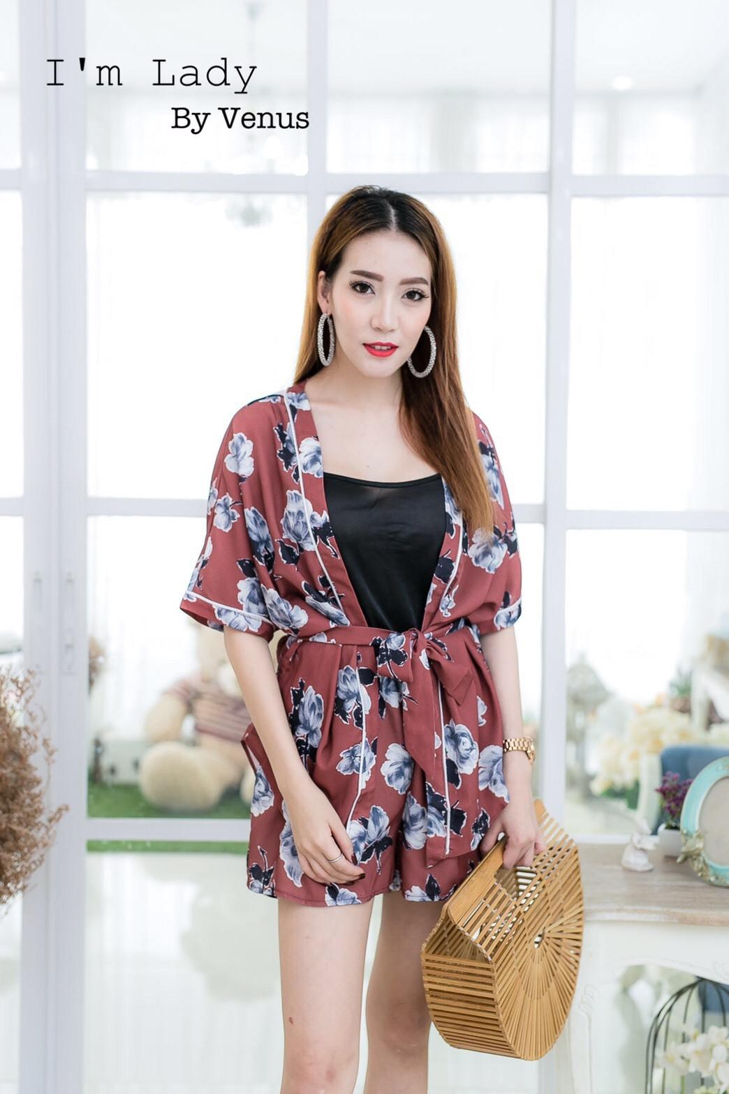 เสื้อผ้าเกาหลีพร้อมส่ง Zara Set เซต 3 ชิ้น (เสื้อคลุม+สายเดี่ยว+กางเกง)