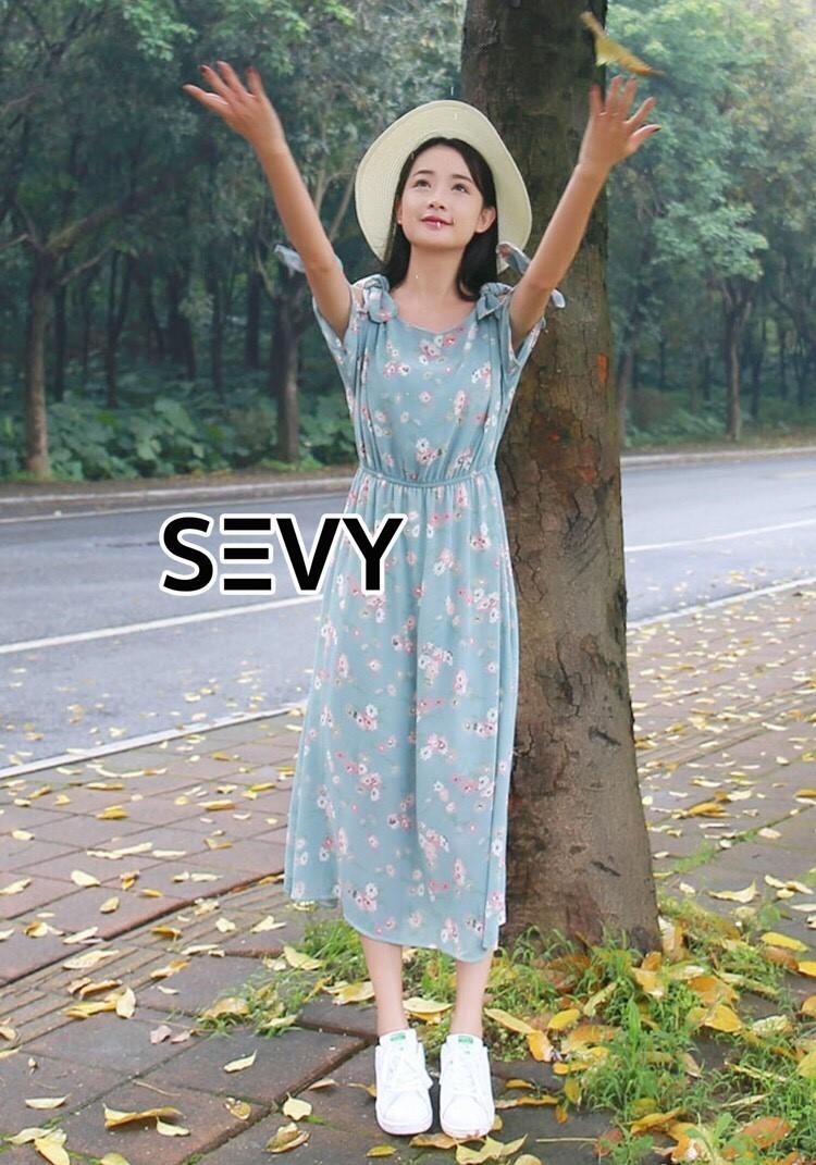 ชุดเดรสเกาหลี พร้อมส่งDress เว้าไหล่โทนสีเขียวมิ้น