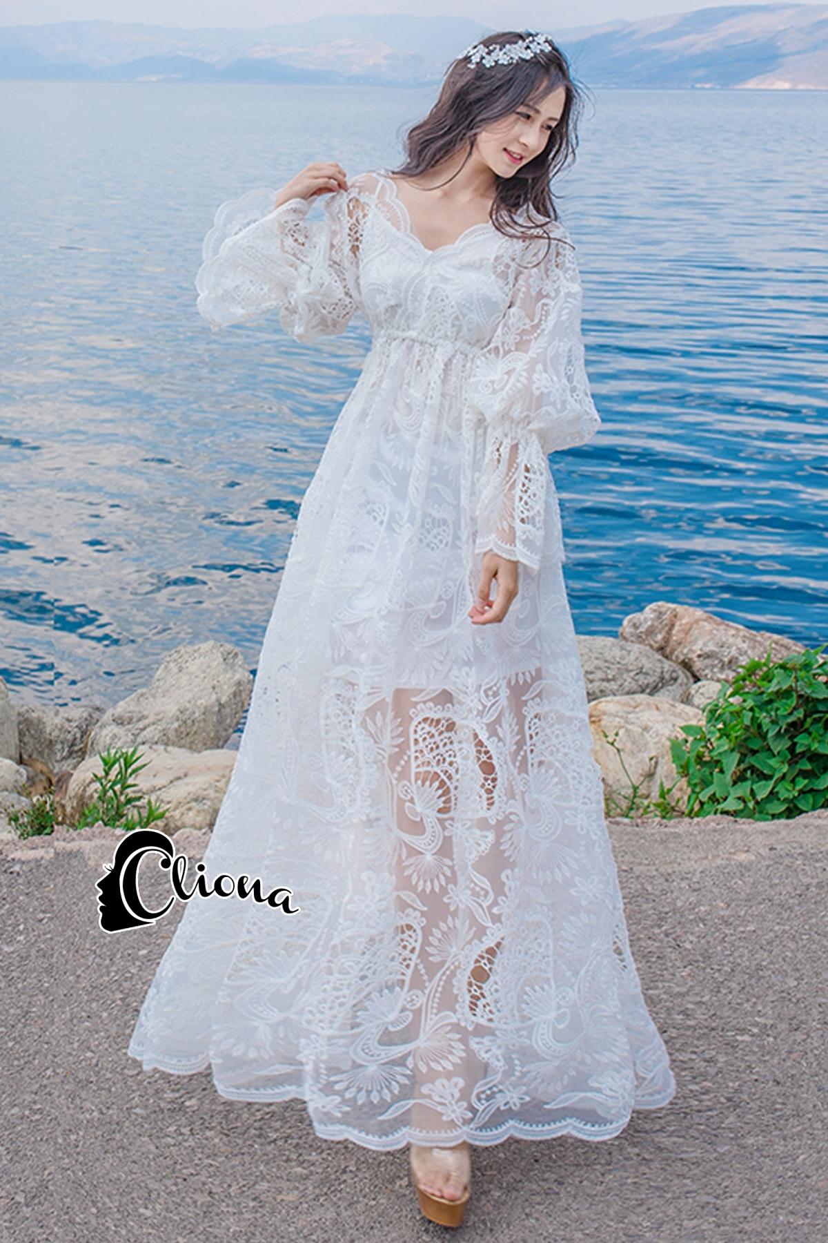 ชุเดรสเกาหลี พร้อมส่งBeach Angel Luxury White Lace Dress