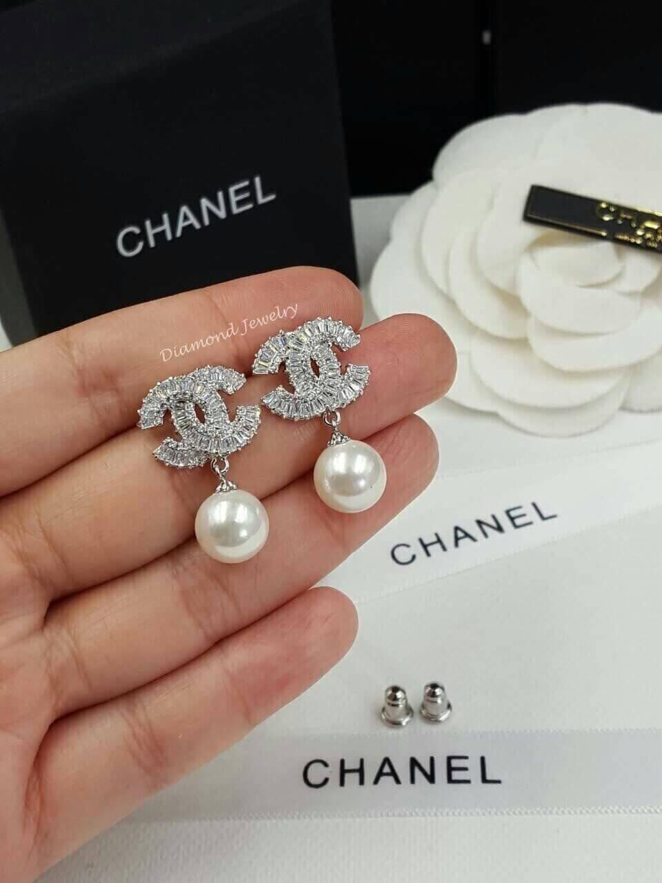 พร้อมส่ง ต่างหูเพชร Chanel งานประดับเพชร CZ แท้