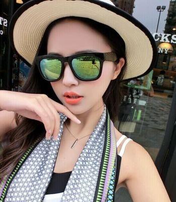 แว่นตากันแดดแฟชั่นเกาหลี กรอบดำมัน เลนส์ปรอทสีทองเขียว