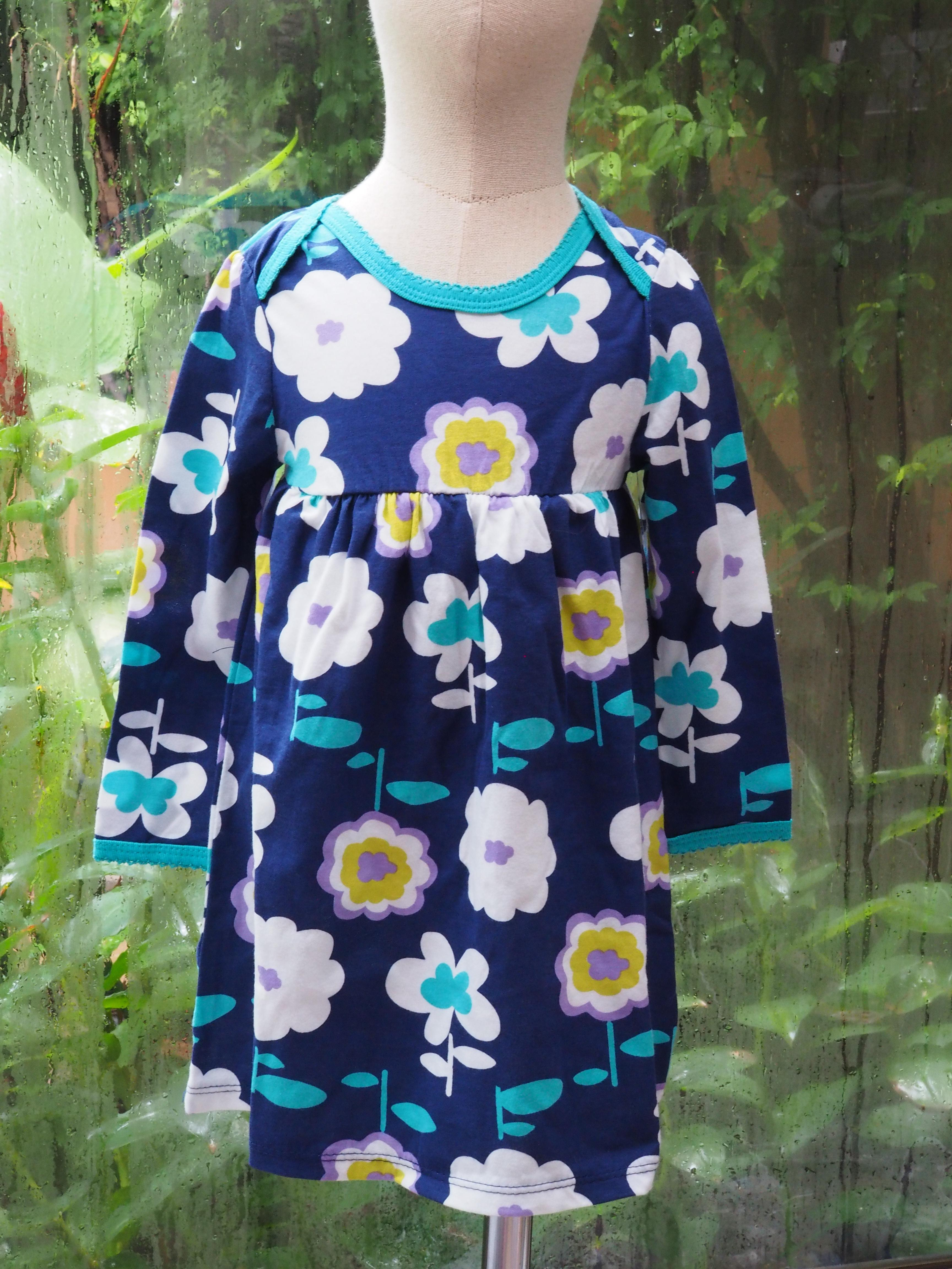Old Navy Dress size 18-24 months