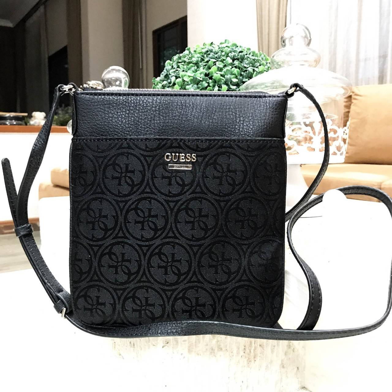 GUESS Leeza G Cross Body Bag