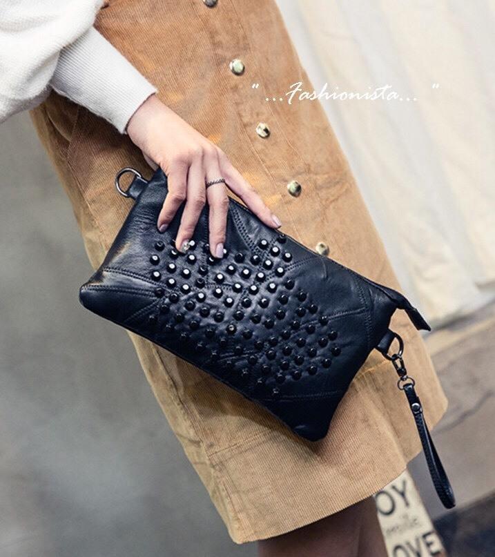 กระเป๋าสะพายข้างมินิ NEW SOFT LEATHER ROCK STUDDED CLUTCH แฟชั่นสไตล์ zara fashionista ราคา 790 ส่งฟรี ems