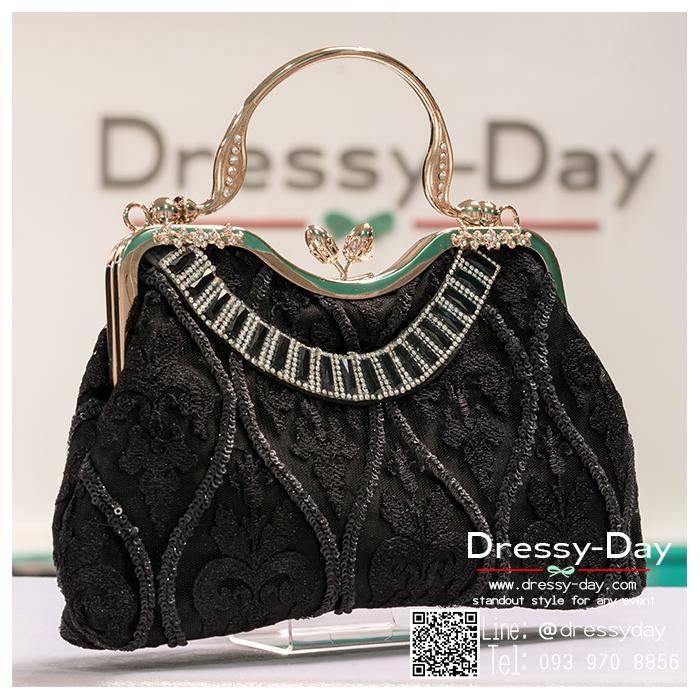 กระเป๋าออกงาน TE012: กระเป๋าออกงานพร้อมส่ง กระเป๋าคลัช วินเทจ สีดำ แบบมีหูหิ้ว ดีเทลคริสตอล มาพร้อมงานปักสุดหรู ราคาถูกกว่าห้าง ถือออกงาน หรือ สะพายออกงาน สวย หรู ดูดีเริ่ดมากค่ะ