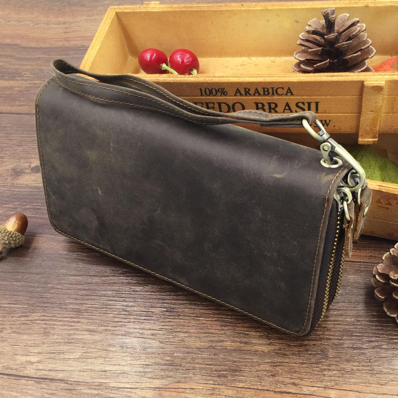 GT-1020 กระเป๋าสตางค์กึ่งคลัชท์ หนังนูบัค สีน้ำตาลเข้ม
