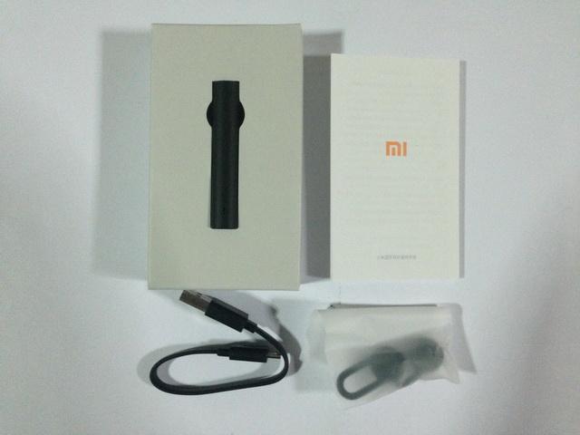 สินค้าในกล่อง หูฟังบลูทูธ Xiaomi Headset สีดำ