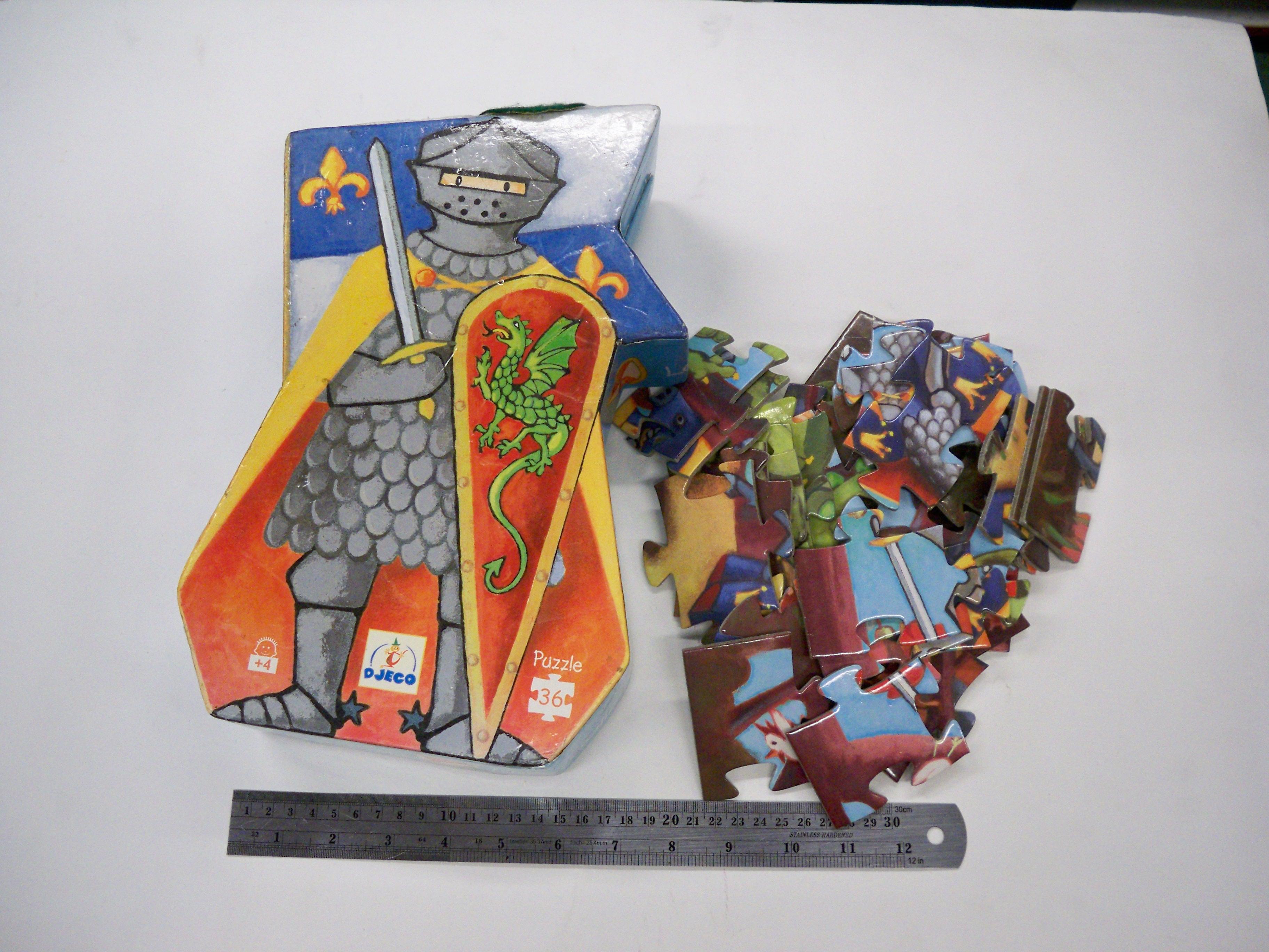 DJEGO Puzzle 36 ชิ้นรูปอัศวิน มือสอง