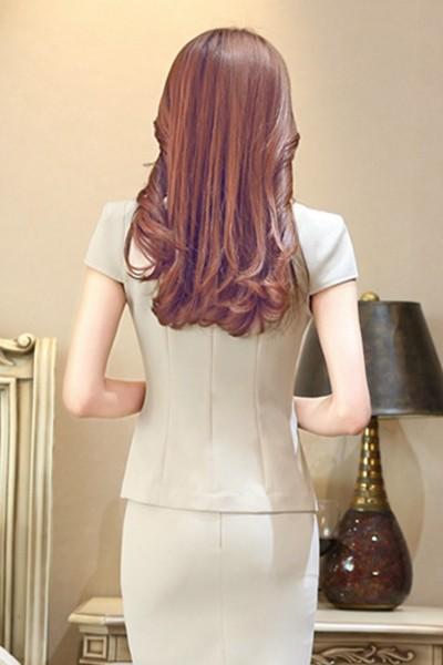 เสื้อสูทแฟชั่น เสื้อสูทผู้หญิง สีครีม แขนสั้น ทรงเข้ารูป