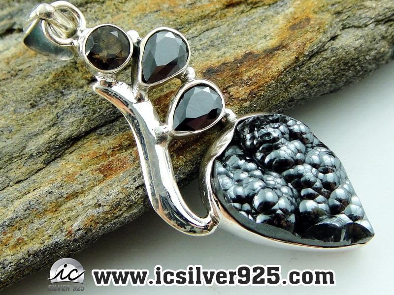 ฮีมาไทต์-โอนิกซ์ (Hematite & Onyx)-จี้เงินแท้ 925 - (8.1g)