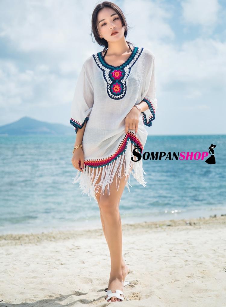 เสื้อใส่เที่ยวทะเลสีขาว คอวี ปักลายสไตล์โบฮีเมียน ชายเสื้อแต่งระบาย