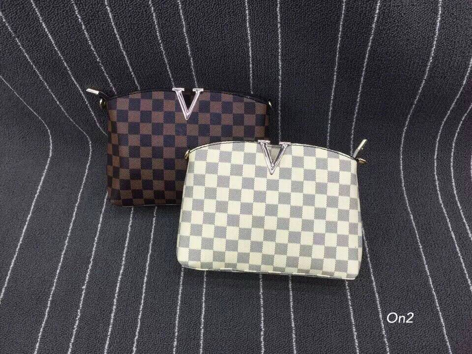 *LV mini bag กระเป๋าหนังลาย LV งานNo logo*