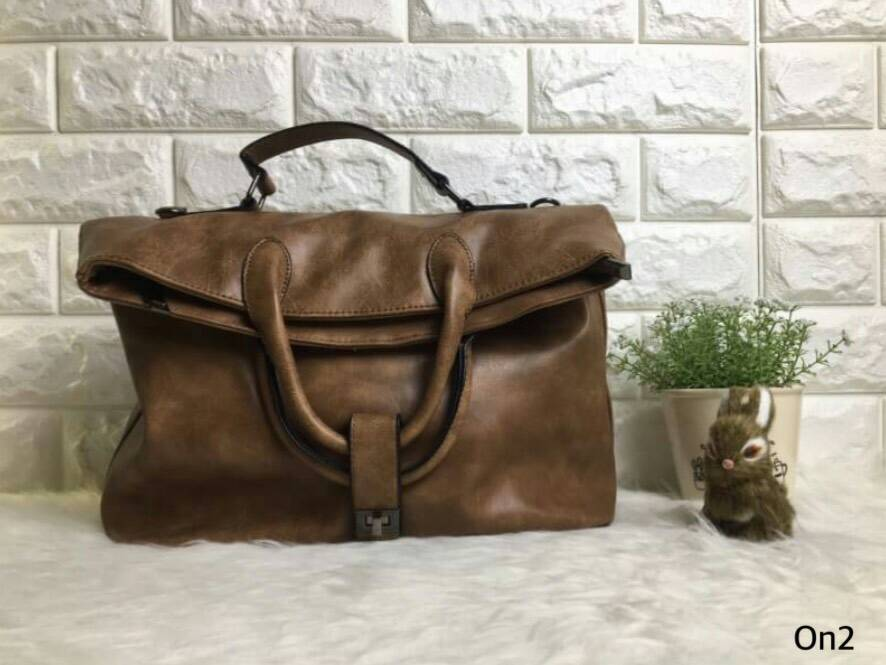 Korea Fashion Bag กระเป๋าสะพายแบบเนวๆมาแว้วว ตัวกระเป๋าเป็น PU