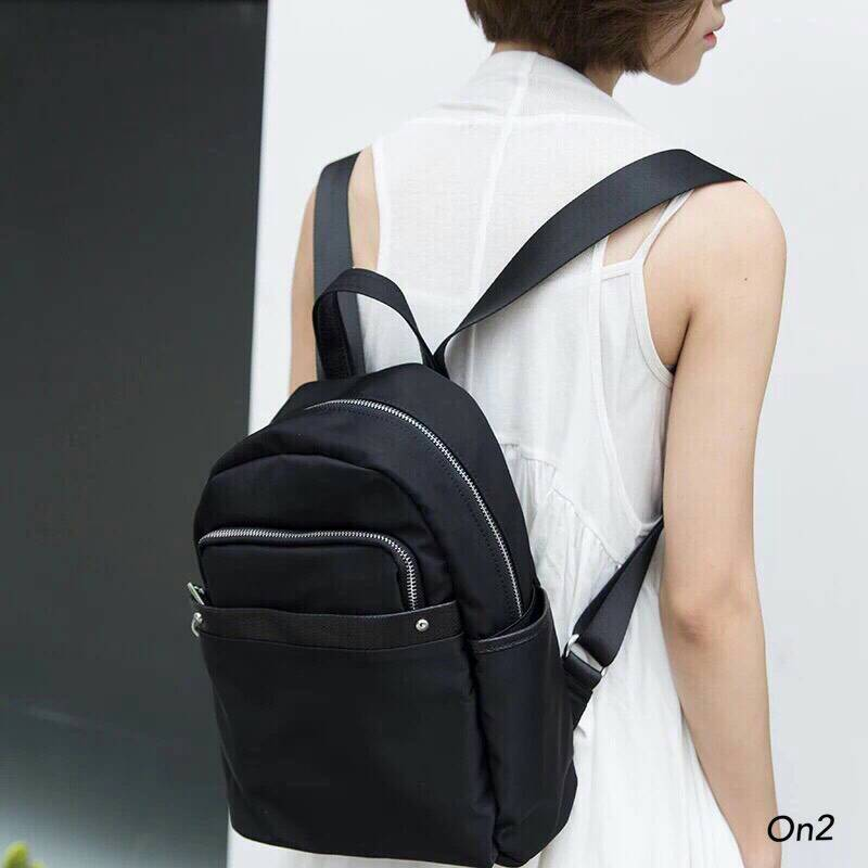 &#x1F49EForever 21 nylon backpack 2016&#x1F49E