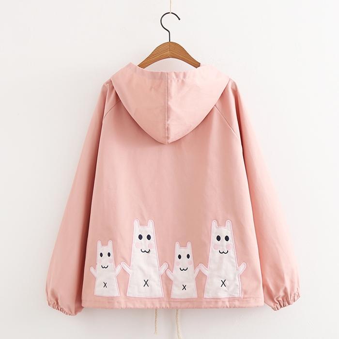 เสื้อคลุม/แจ็คเก็ตฮู้ด ปักแต่งลาย (มีให้เลือก 2 สี)