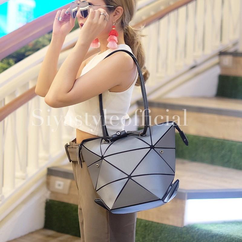 กระเป๋าสะพายแฟชั่น กระเป๋าสะพายข้างผู้หญิง pyramid [สีเทา]