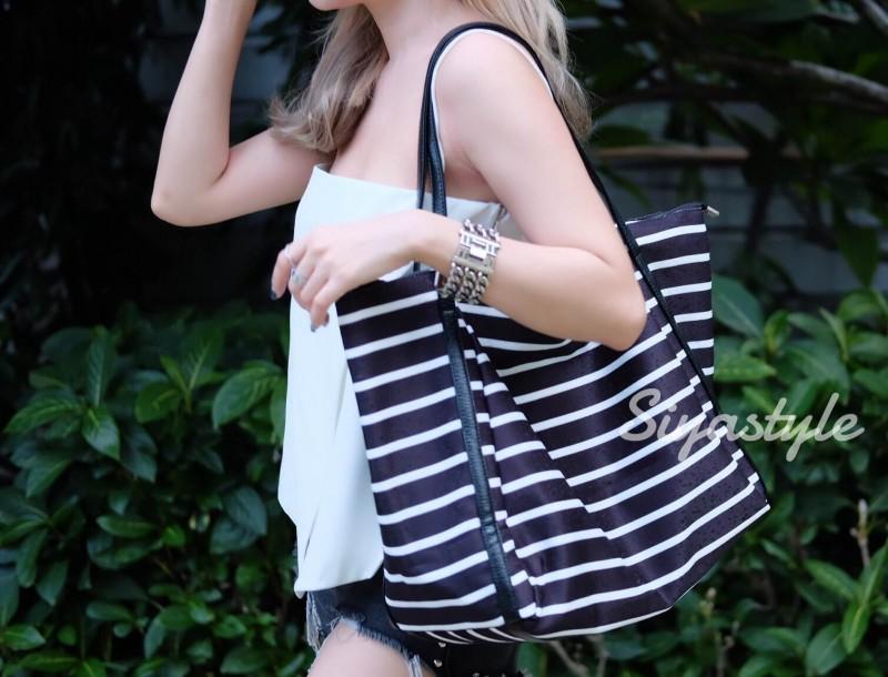 กระเป๋าสะพายแฟชั่น กระเป๋าสะพายข้างผู้หญิง Shopping bag [สีดำ]