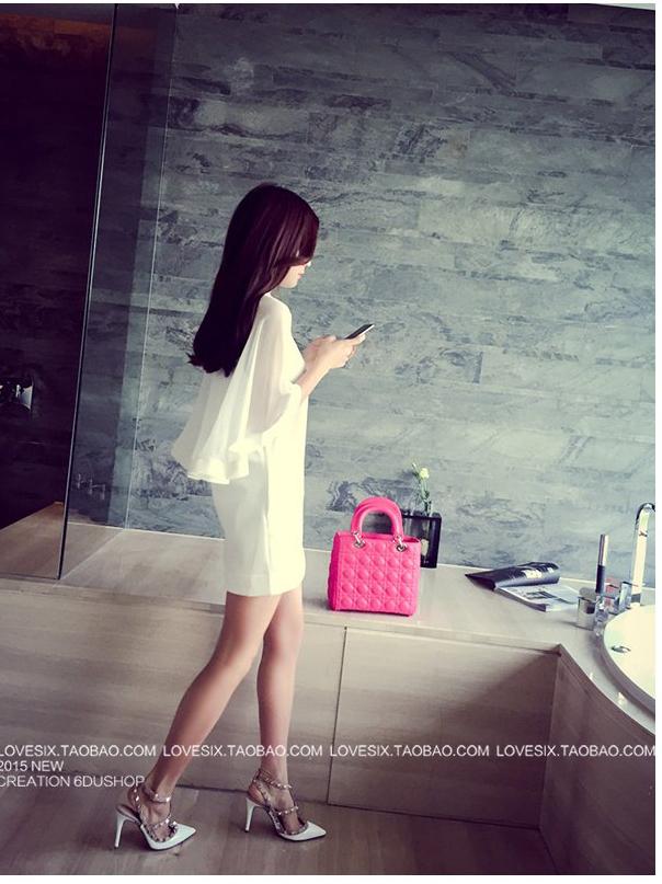 รับตัวแทนจำหน่ายชุดเดรสแฟชั่นเกาหลีสีขาวแขนสั้น
