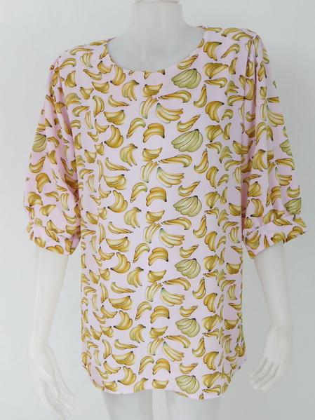 ขายส่งเสื้อผ้าแฟชั่นลายกล้วยสุดฮิต ผ้าเนื้อดีใส่สบายค่ะ รอบอก 40 นิ้วความยาวเสื้อ 29 นิ้ว
