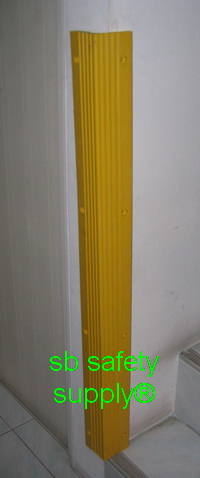 ยางกันกระแทกมุมเสา 8x8x100 cm