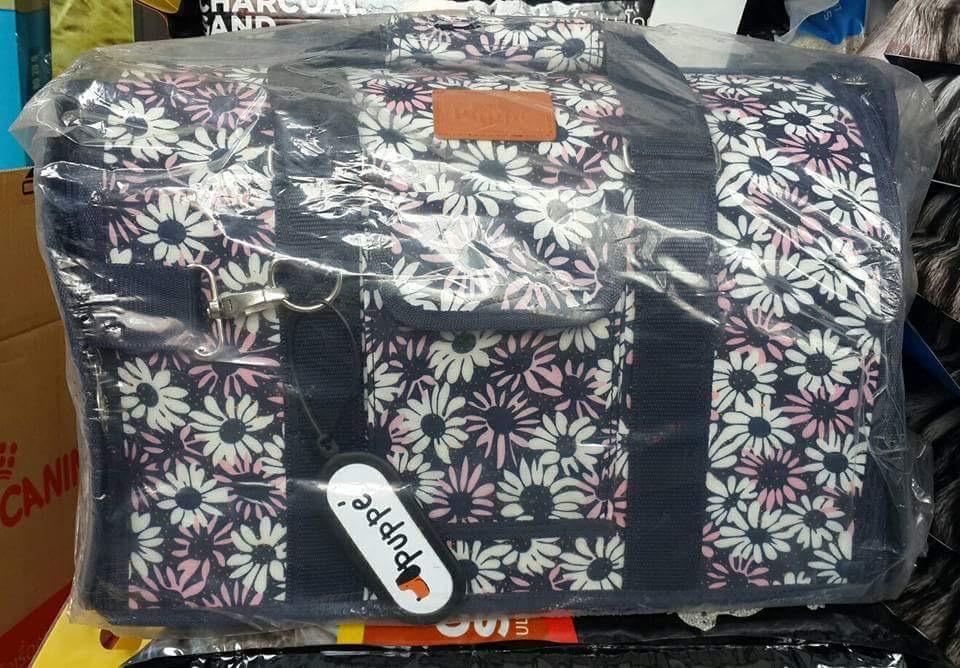 กระเป๋าใส่หมาแมว เบอร์สี่ ลายดอกไม้ 28 x 40 x 27 ราคา 730รวมส่ง