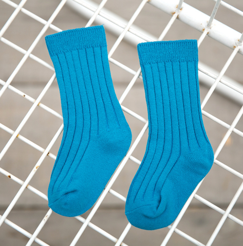 ถุงเท้ายาว สีน้ำเงินเข้ม แพ็ค 12 คู่ ไซส์ M (ประมาณ 3-5 ปี)