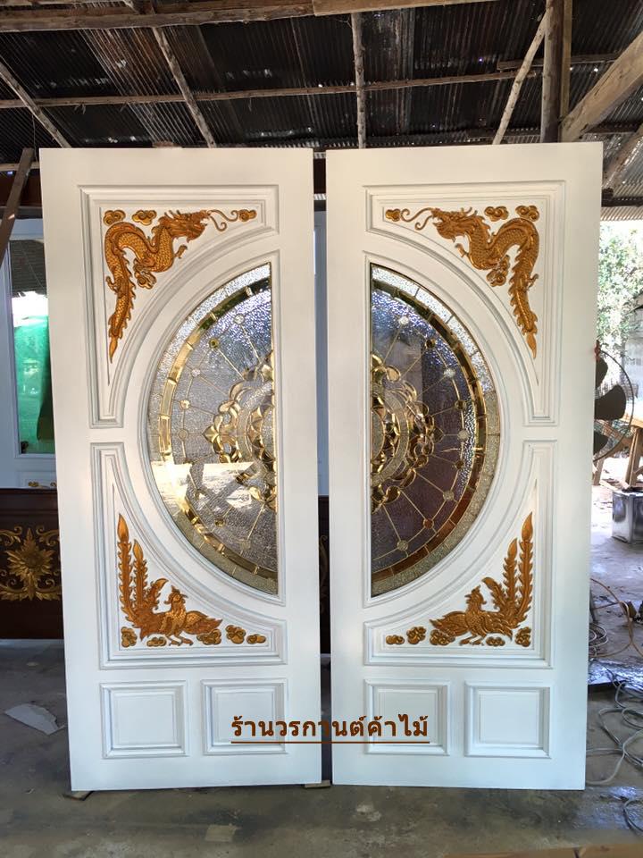 ประตูไม้สักกระจกนิรภัย แกะหง มังกร สีขาว เกรด A รหัส NNA11