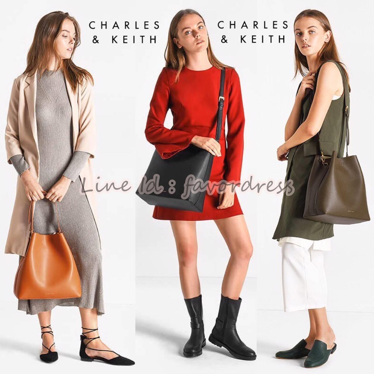พร้อมส่ง3สีรุ่นใหม่ชนช็อป! NEW ARRIVAL! CHARLES & KEITH OVERSIZED BAG (Size L)