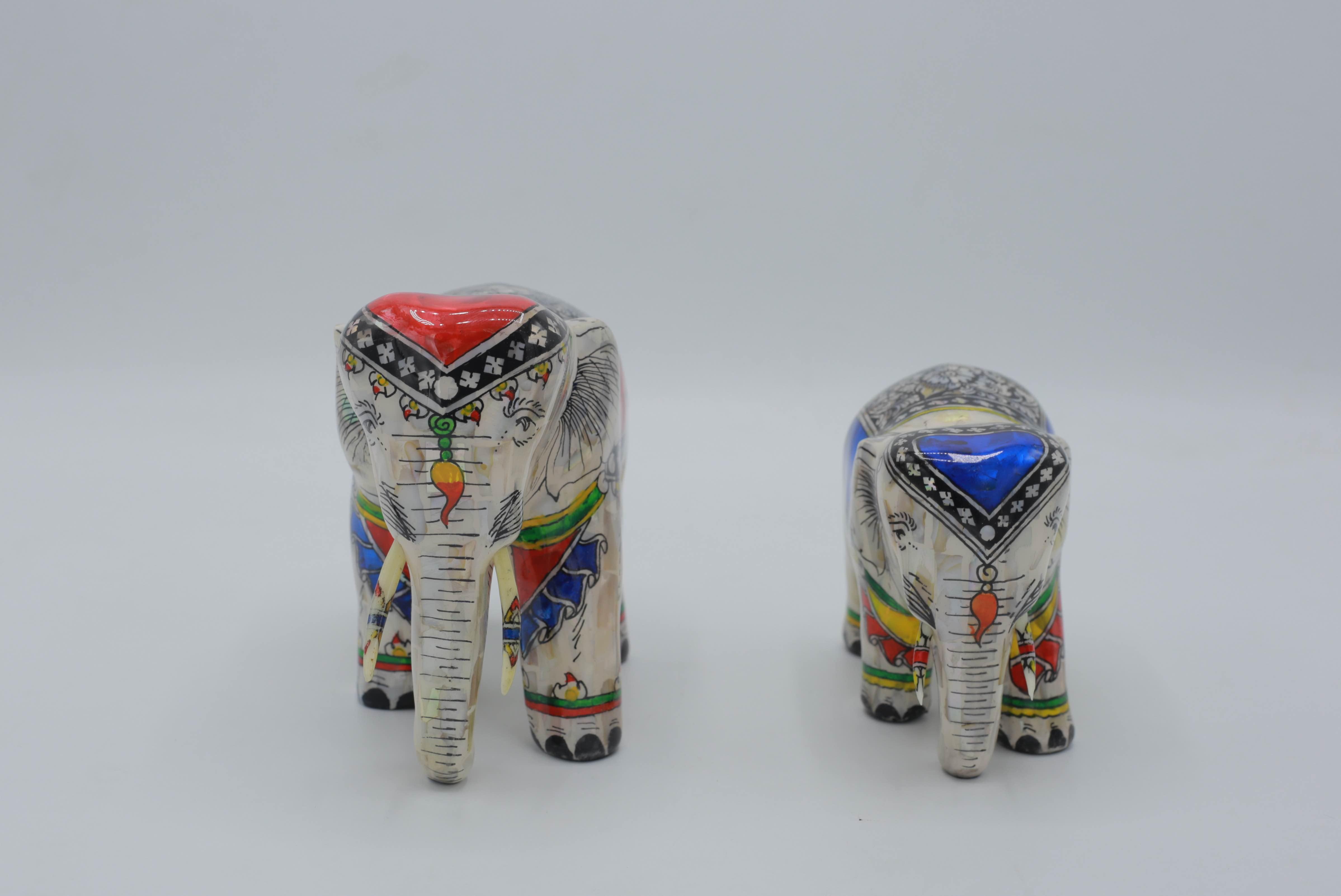 D00089 ช้างทรงประดับมุข