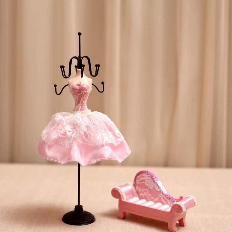 Abocos Dress Jewelry Hanging ตุ๊กตาแขวนเครื่องประดับ แบบเซต2ชิ้น
