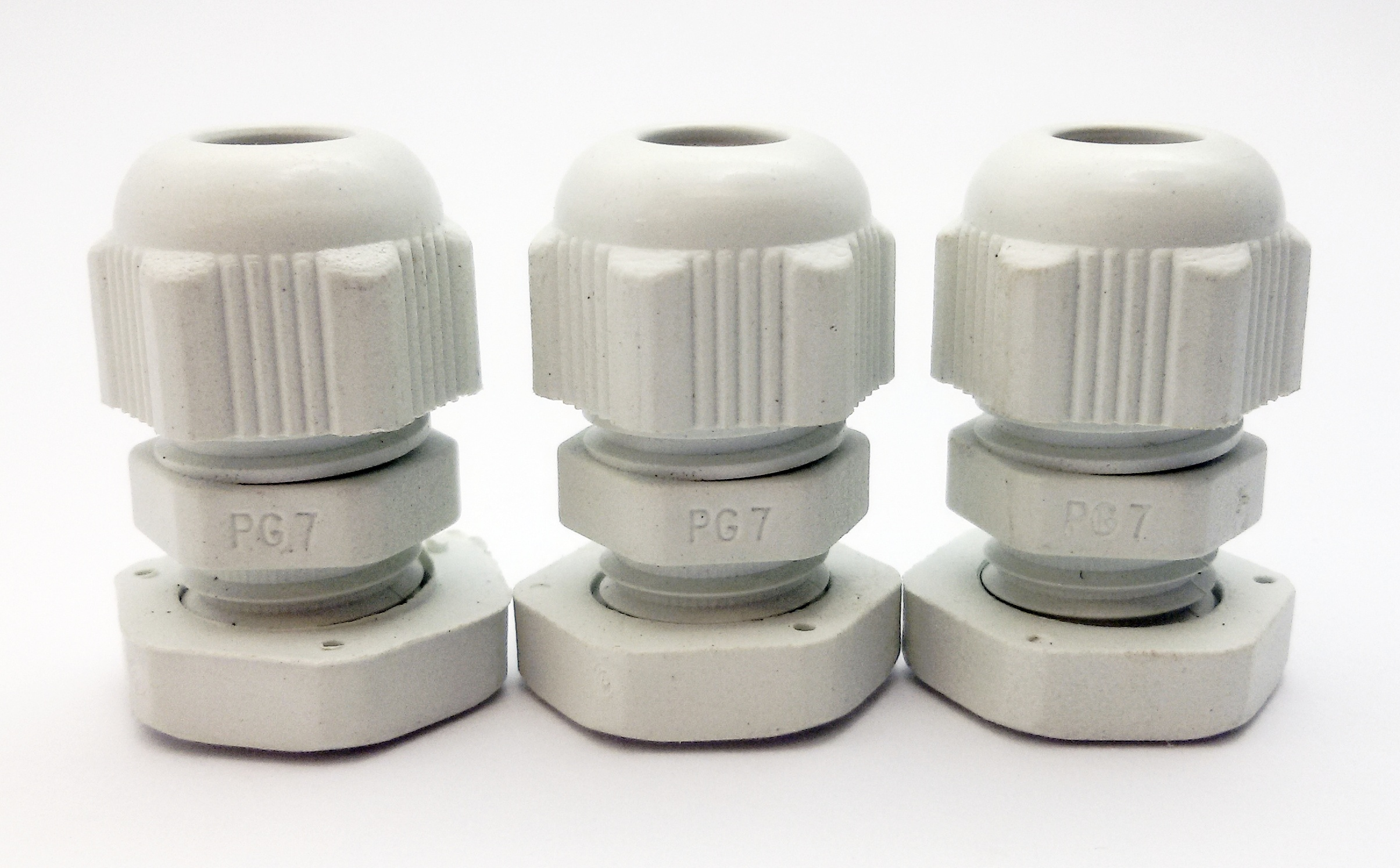 LOBO ELECTRIC CABLE GLAND PG7 3 - 6.5 mm. สีขาว