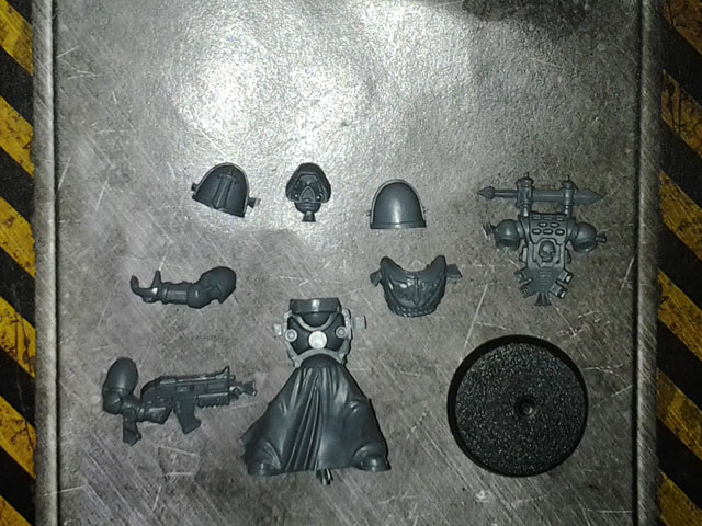 40K Dark Angels Veteran Single