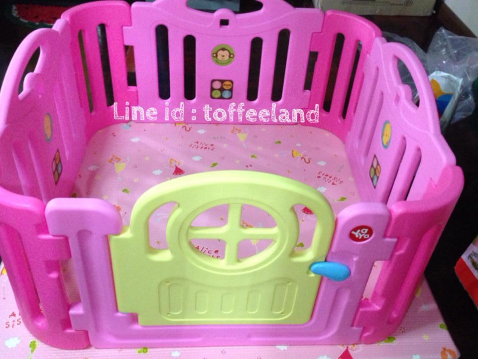 รั้วกั้นเด็ก ยี่ห้อ yaya ถ่ายจากสินค้าจริง สีสวยสดใส ฟรุ้งฟริ้ง ( size S )