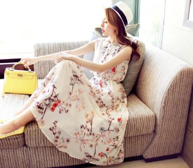 เดรสแฟชั่นเกาหลี กระโปรงยาวพริ้วๆ ลายดอกไม้ หรูหรา น่าใส่มั่กๆๆ