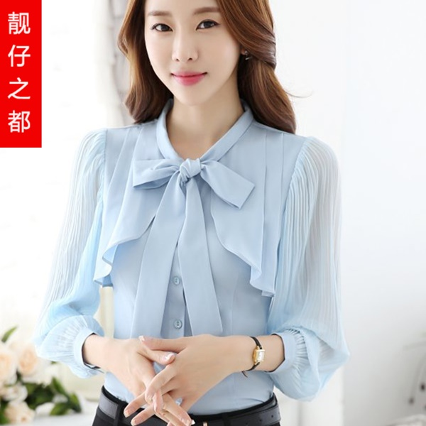 Pre-order เสื้อชีฟองสีฟ้าอ่อน คอกลมผูกโบว์น่ารัก เรียบหรู ดูดี แขนยาว มีระบายที่อก