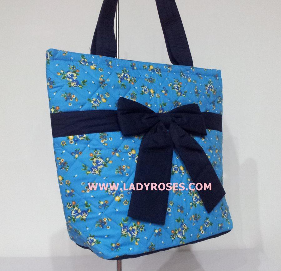 กระเป๋าสะพาย นารายา ผ้าคอตตอน สีฟ้า ลายดอกไม้ ผูกโบว์ (กระเป๋านารายา กระเป๋าผ้า NaRaYa กระเป๋าแฟชั่น)
