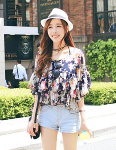 สื้อครอปแฟชั่นลายพิมพ์ดอกไม้ สีกรมท่า สวยหวานสไตล์เกาหลี