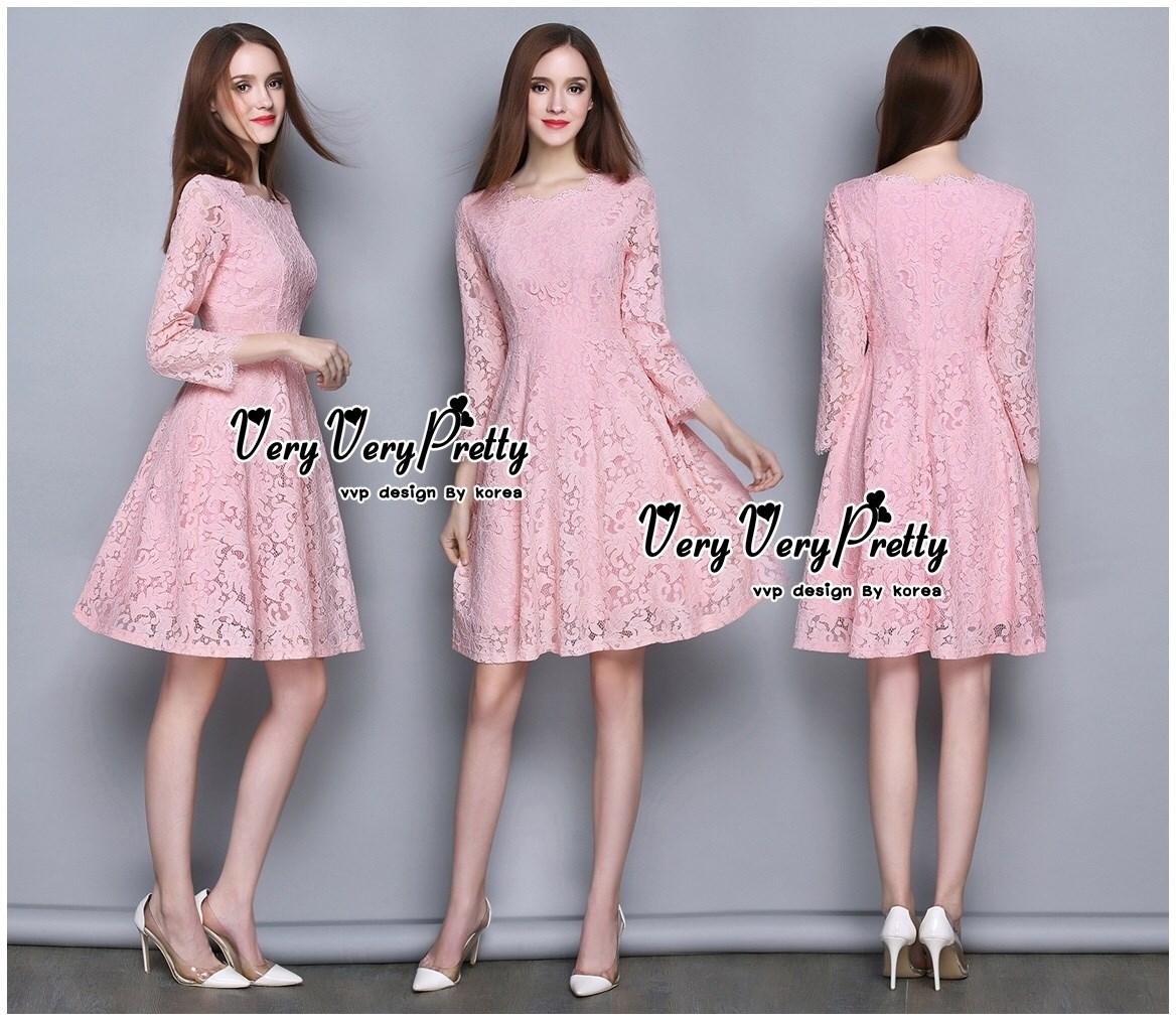 เดรสผ้าลูกไม้ทั้งตัวสไตล์เกาหลี สีชมพู เนื้อผ้าลูกไม้สั่งทำพิเศษค่ะฉลุลายเพิ่มความสวยให้กับชุดได้สวยลงตัวมากค่ะ Confirm By Vvp