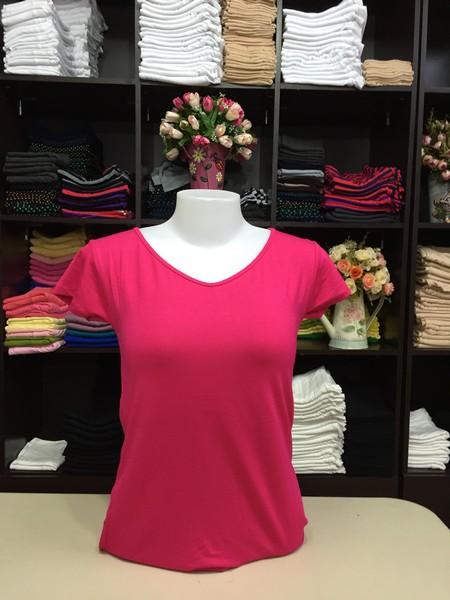 """เสื้อยืดคอวี สีชมพูบานเย็น size """"M"""""""