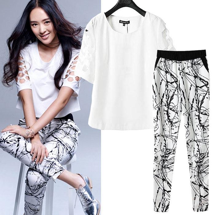 Pre Order - เสื้อ-กางเกงแฟชั่นคนอ้วน เป็นชุดเดียวกันแบบมีสไตล์ กางเกงขายาวผ้าพิมพ์ลายและแบบเสื้อสีขาวที่เข้ากัน