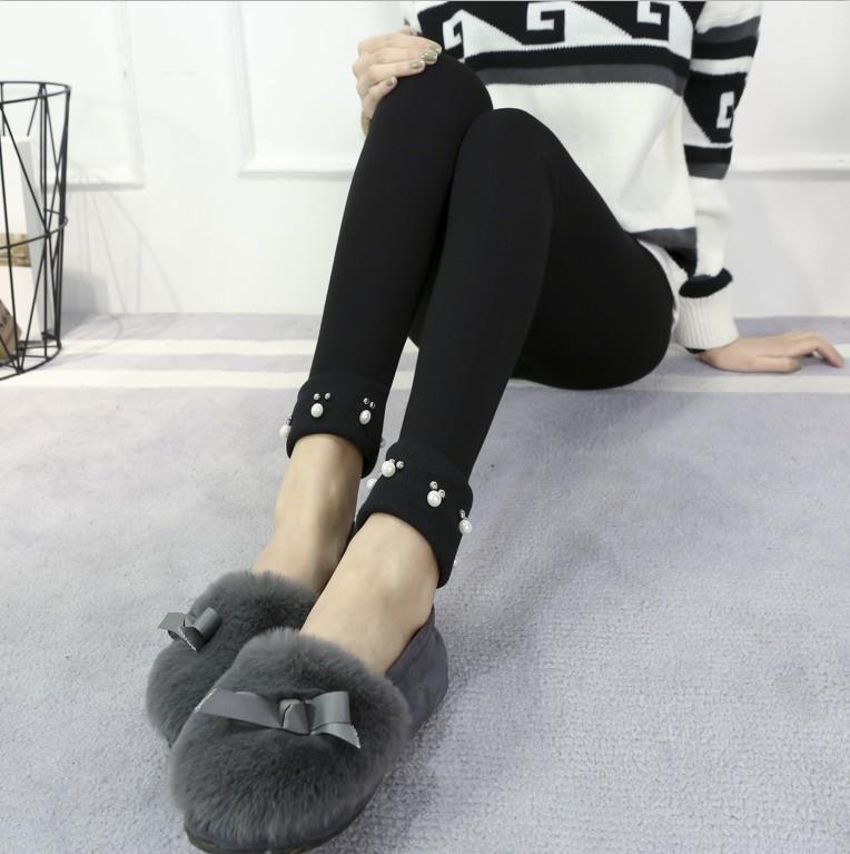 เลกกิ้งคนท้องขายาว สีดำ ปลายขาพับสีดำแต่งมุก น่ารักมากๆ เอวปรับสายได้ค่ะ