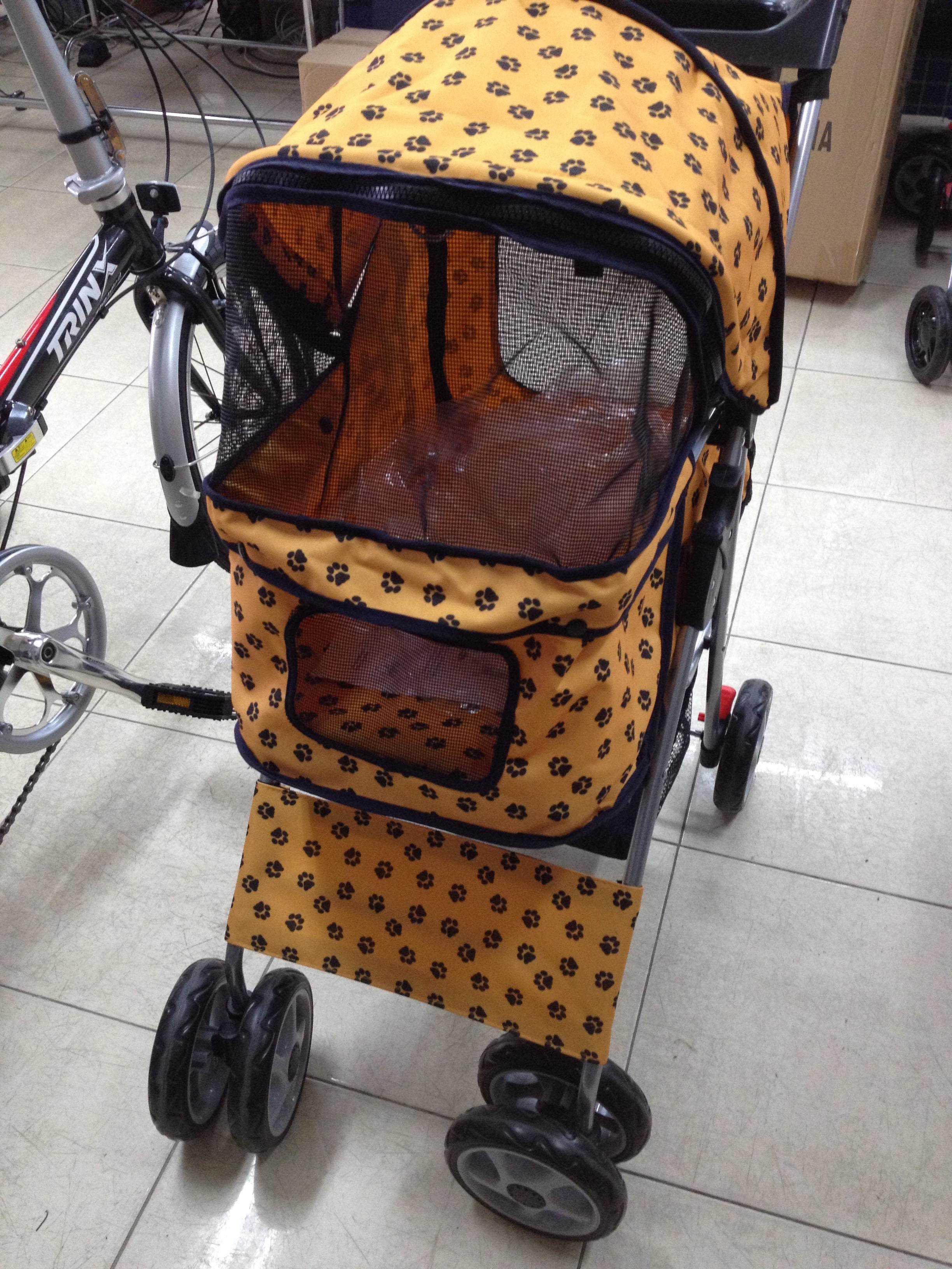 รถเข็นสุนัข คันเล็ก รุ่น E ลายเท้าน้องหมาสีเหลืองส้ม